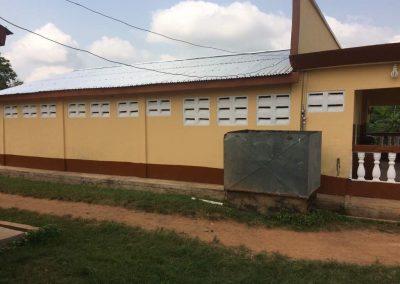 Toiletgebouw gerenoveerd