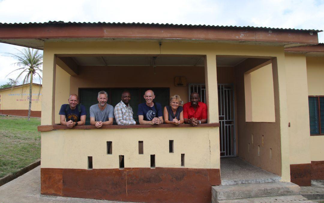 Bezoek Ashanti school
